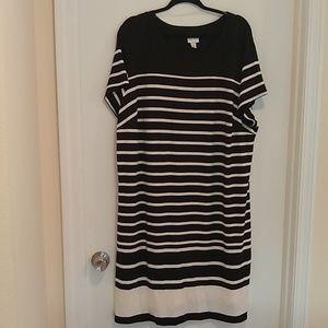 Ava & Viv black and white striped dress